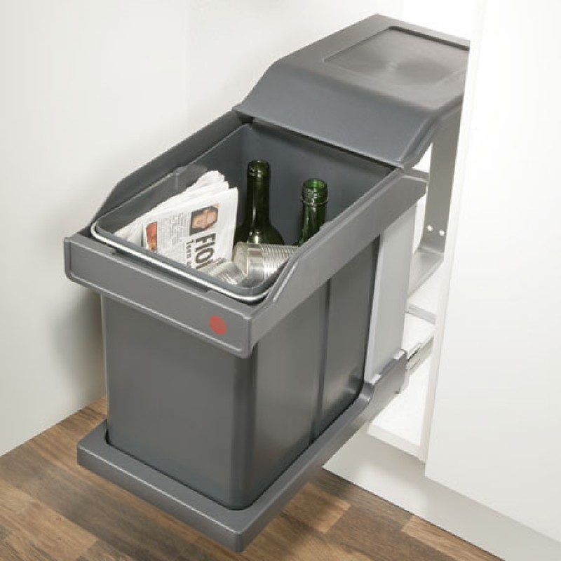 Pull Out Kitchen Bin   Base Mounted   20L   300mm Cabinet