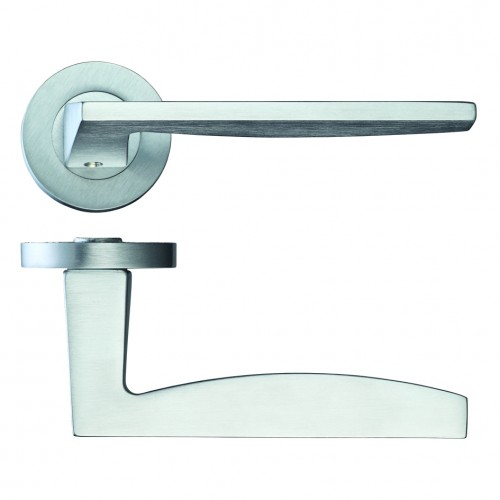 Pavo Door Handle on Rose Satin Chrome