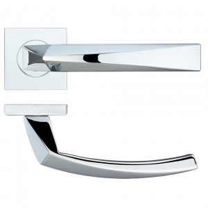 Hydra Polished Chrome Door Handles on Square Rose