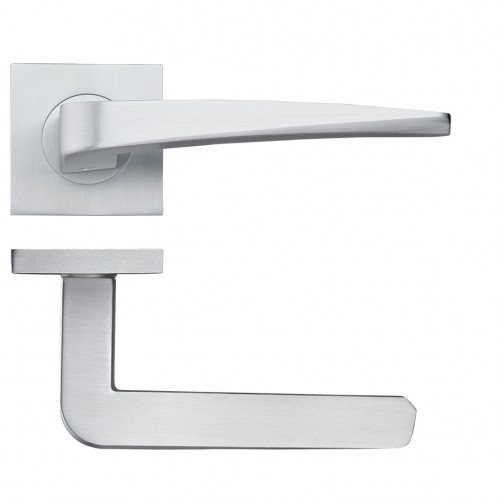 Dorado Satin Chrome Door Handles on Square Rose