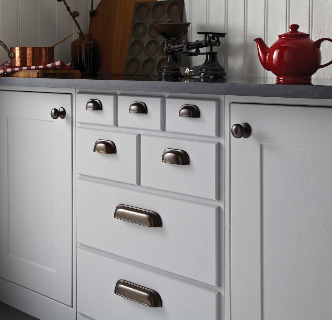 Kitchen Door Handles and Knobs | Oakhurst Interiors
